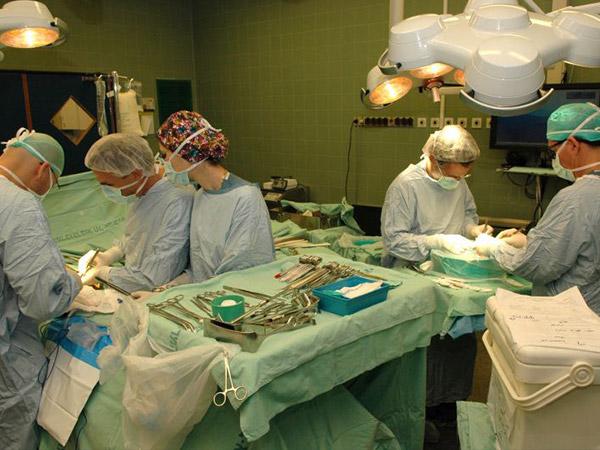 Операции по удалению забрюшинной саркомы в Израиле - Клиника Ихилов